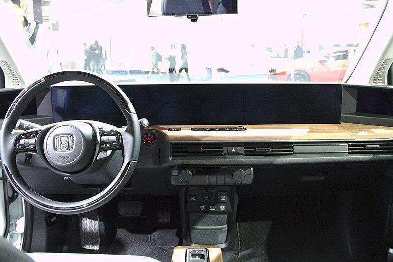 Honda E: An Exceptional Electric Car? | Moneyshake Blog