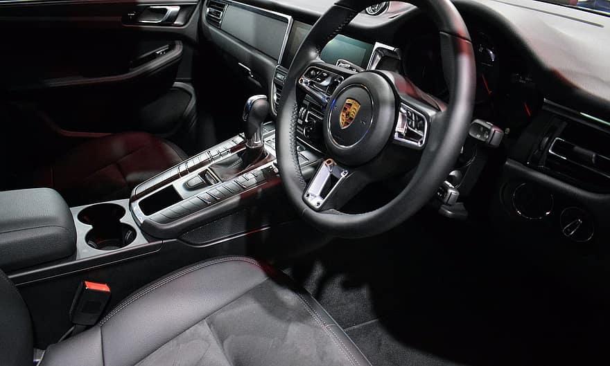 Porsche 911 interior 1