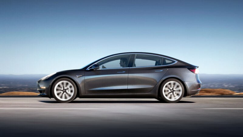 Polestar 2 vs Tesla Model 3 performance 2