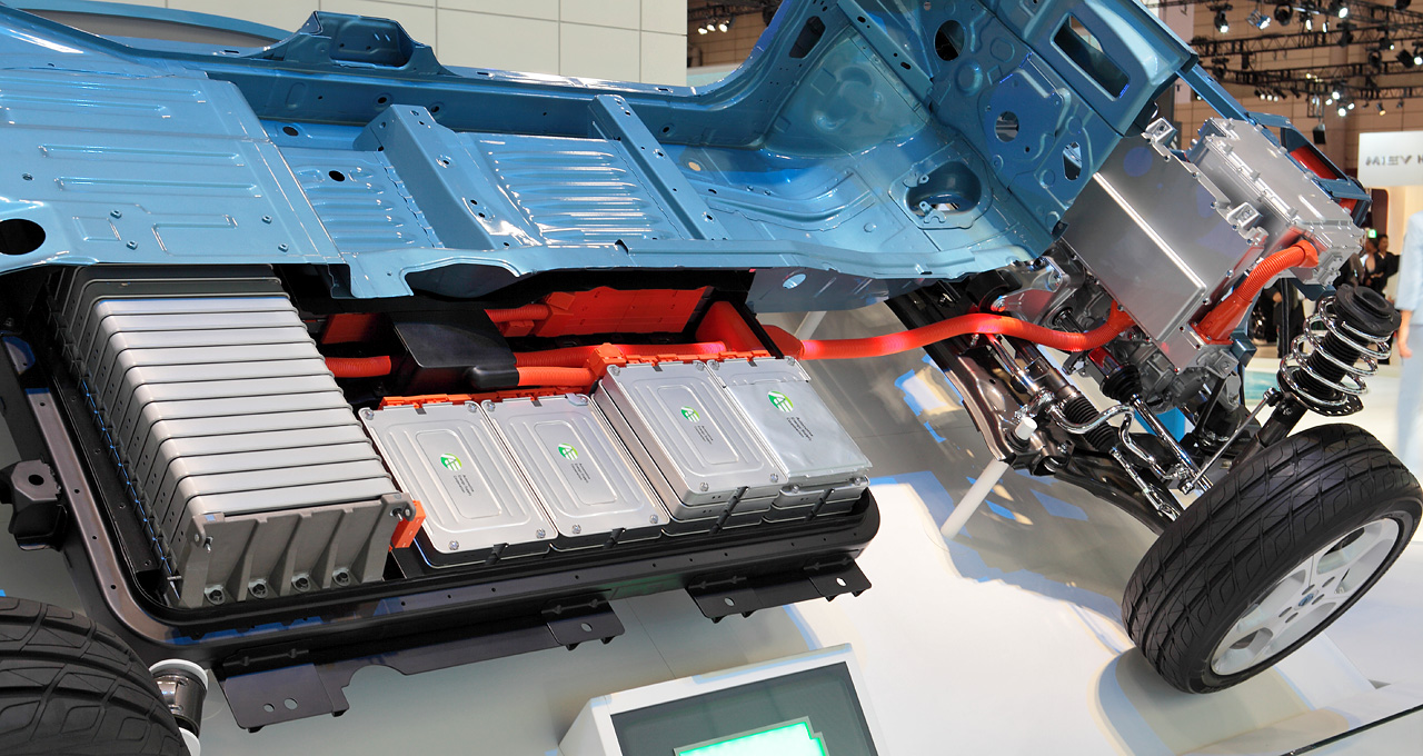 petrol and diesel ban - electric car battery