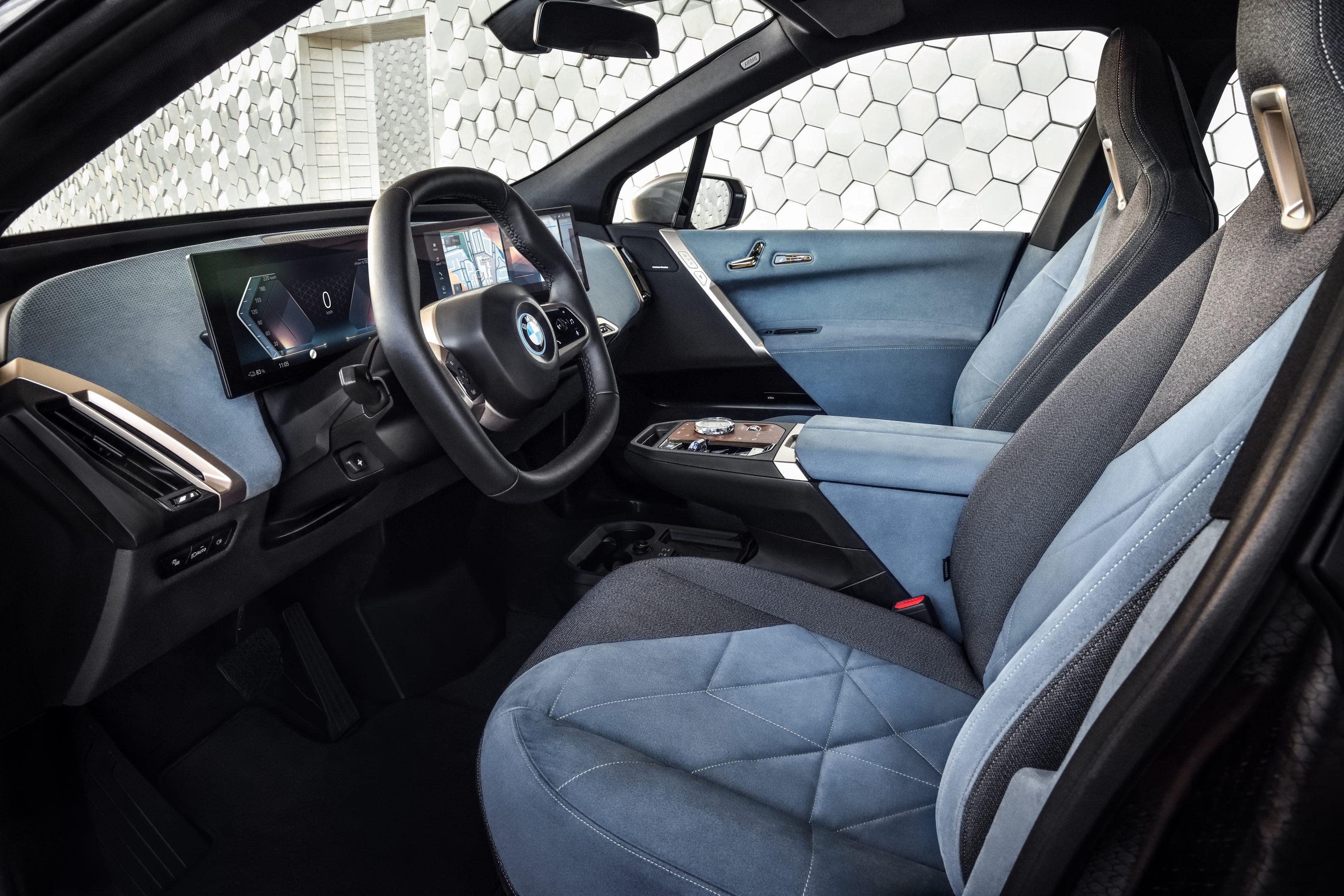 BMW iX 1