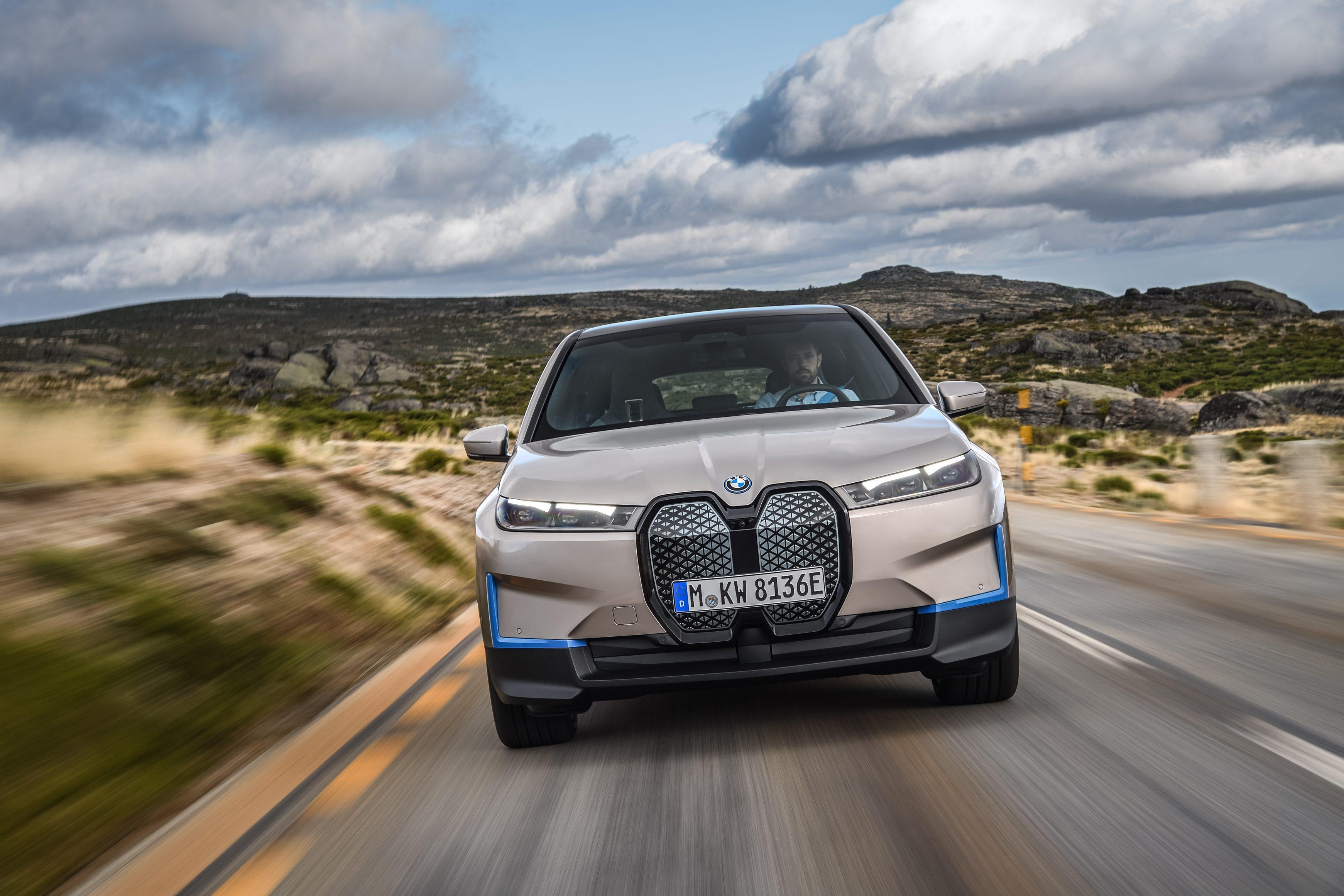 BMW iX 6