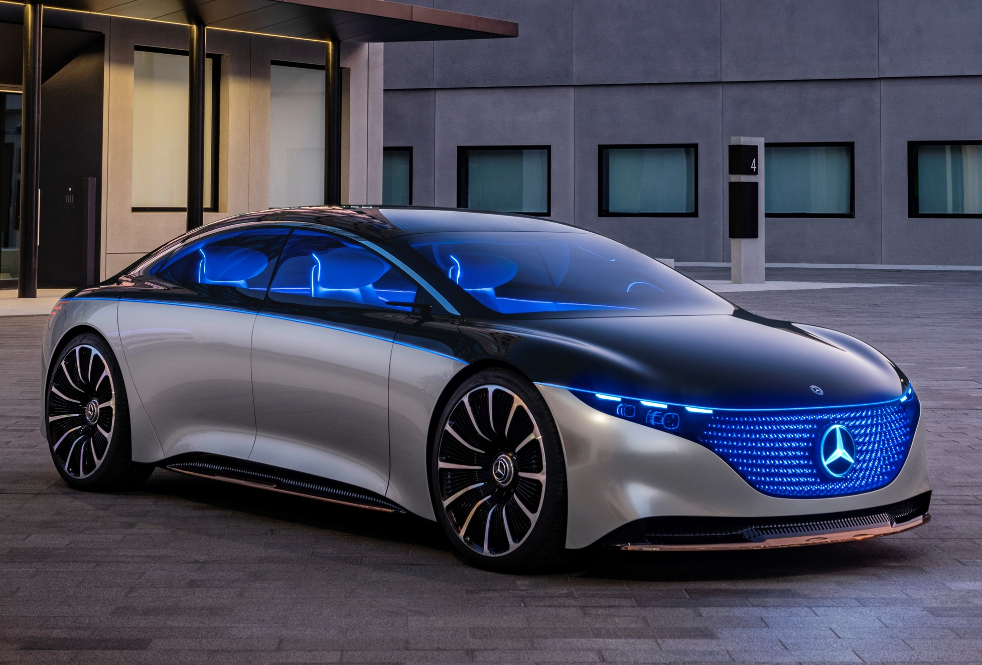 Mercedes-Benz VISION EQS future of luxury driving