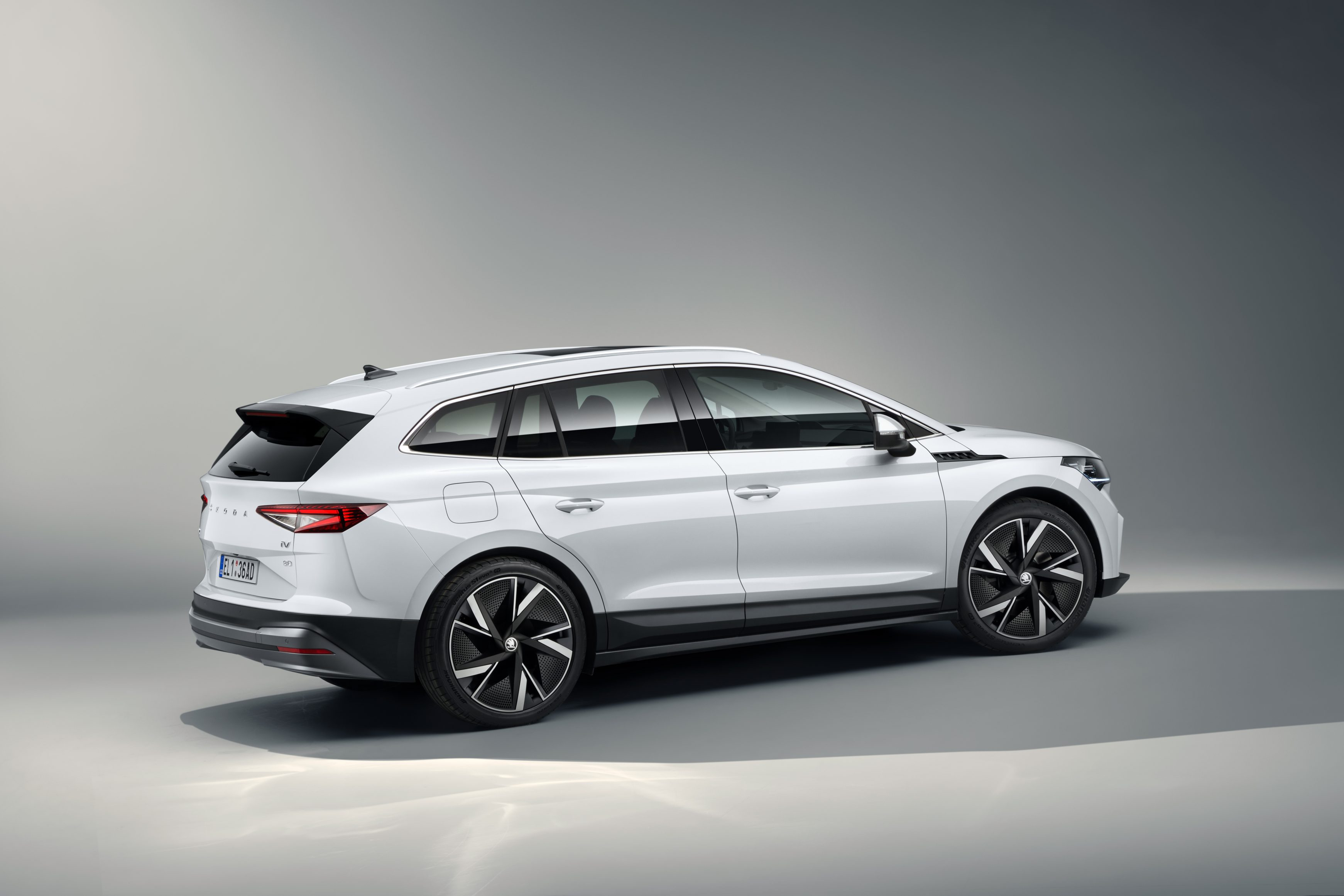 The Skoda Enyaq iV has magnificent body lines and a practical, sporty shape
