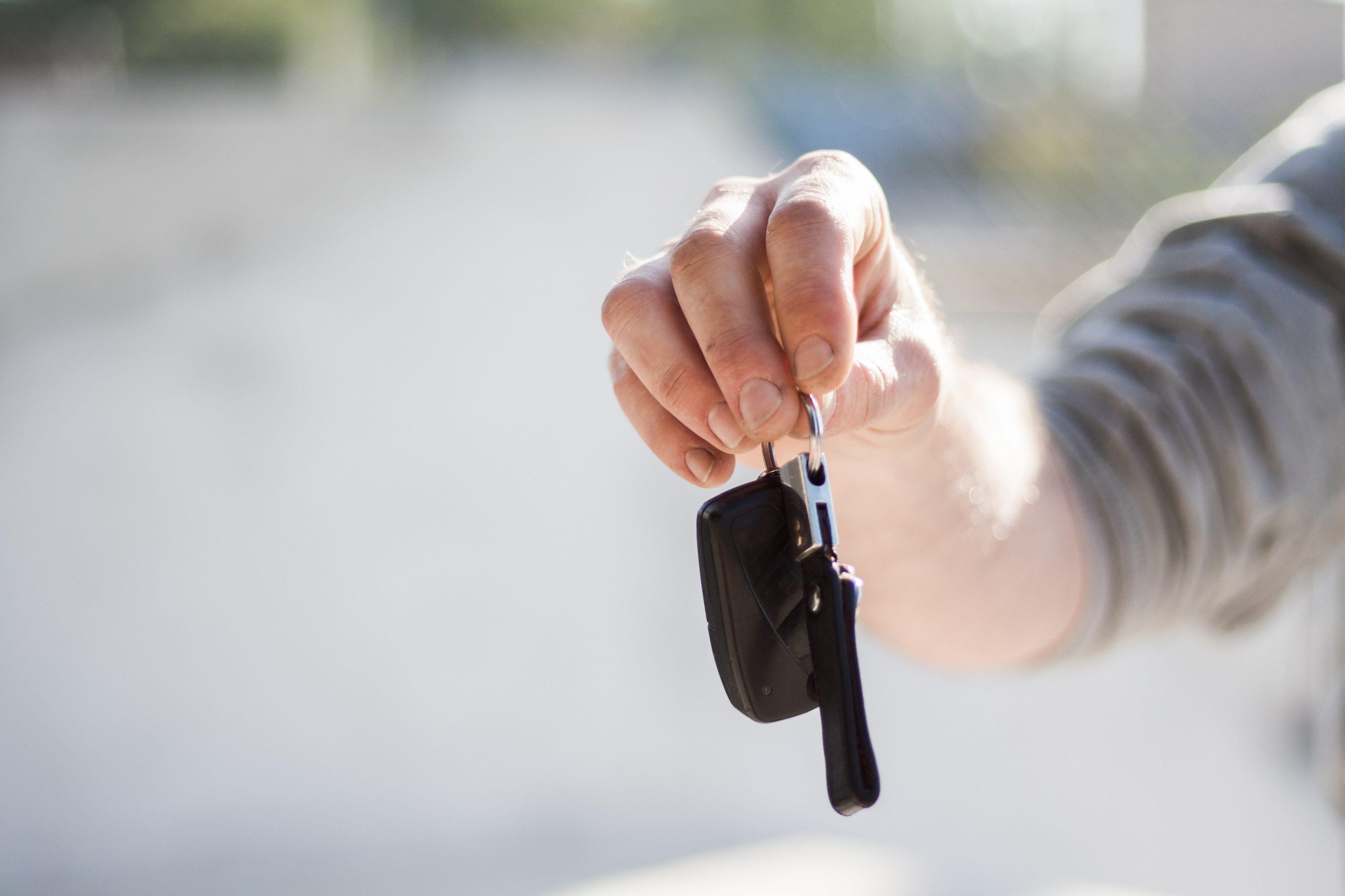 buying a used car keys handover