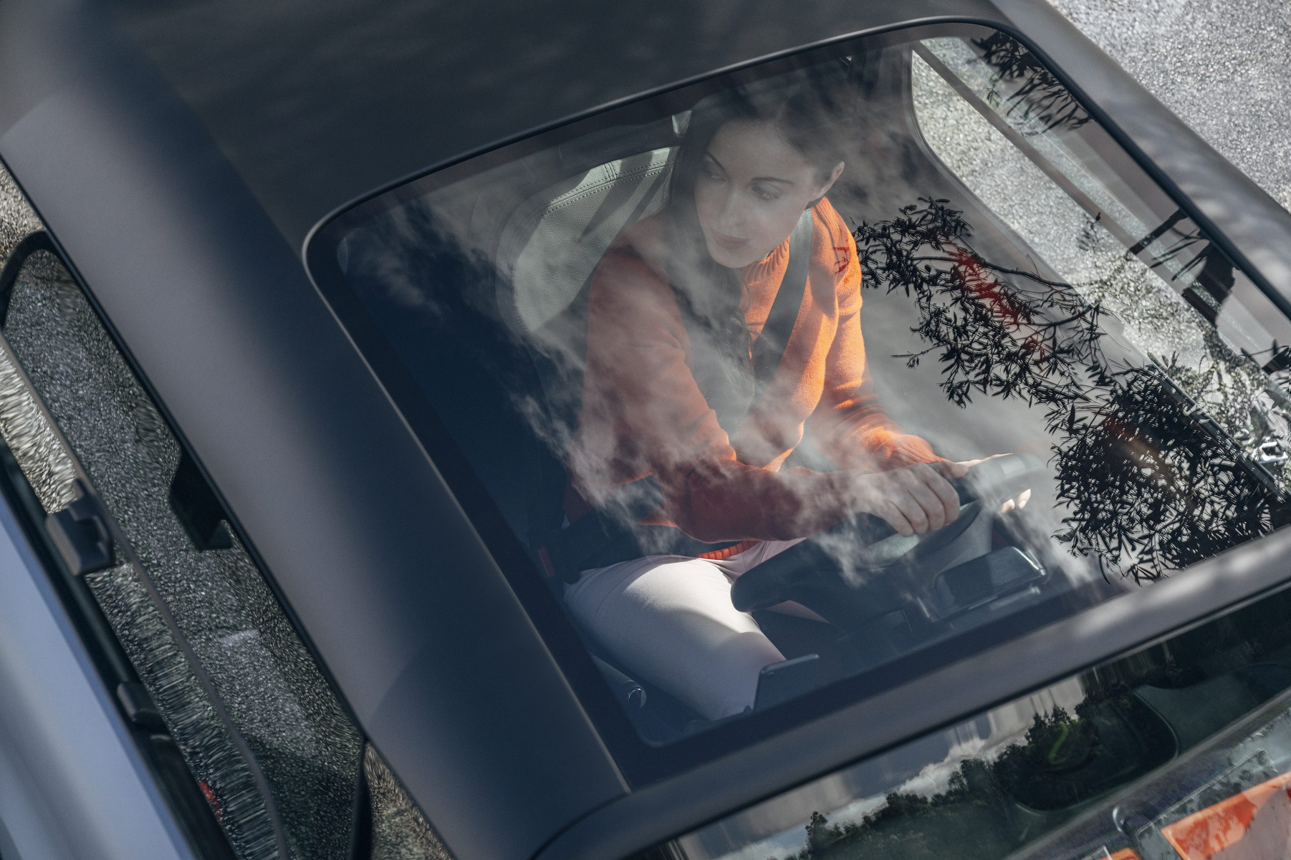panoramic glass roof allows for greater visibility