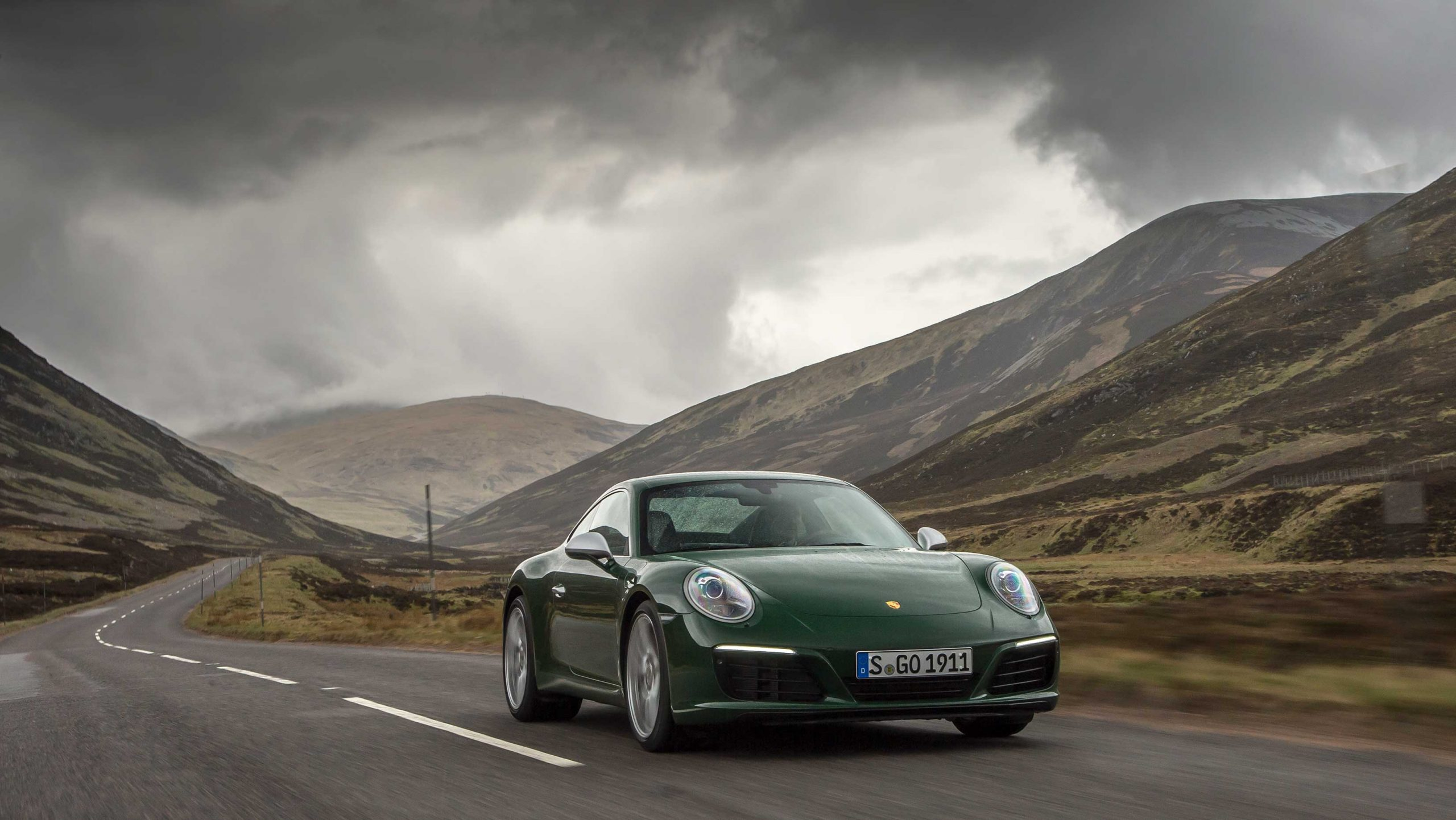 Porsche 911 is one reason to love car leasing