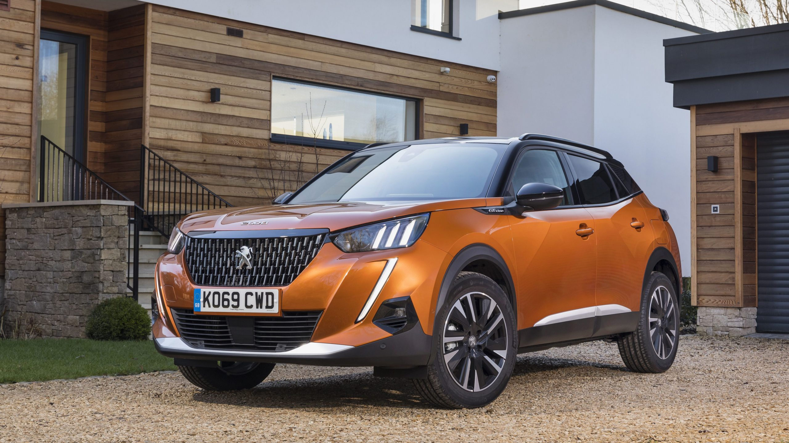 sporty looking Peugeot 2008 suv