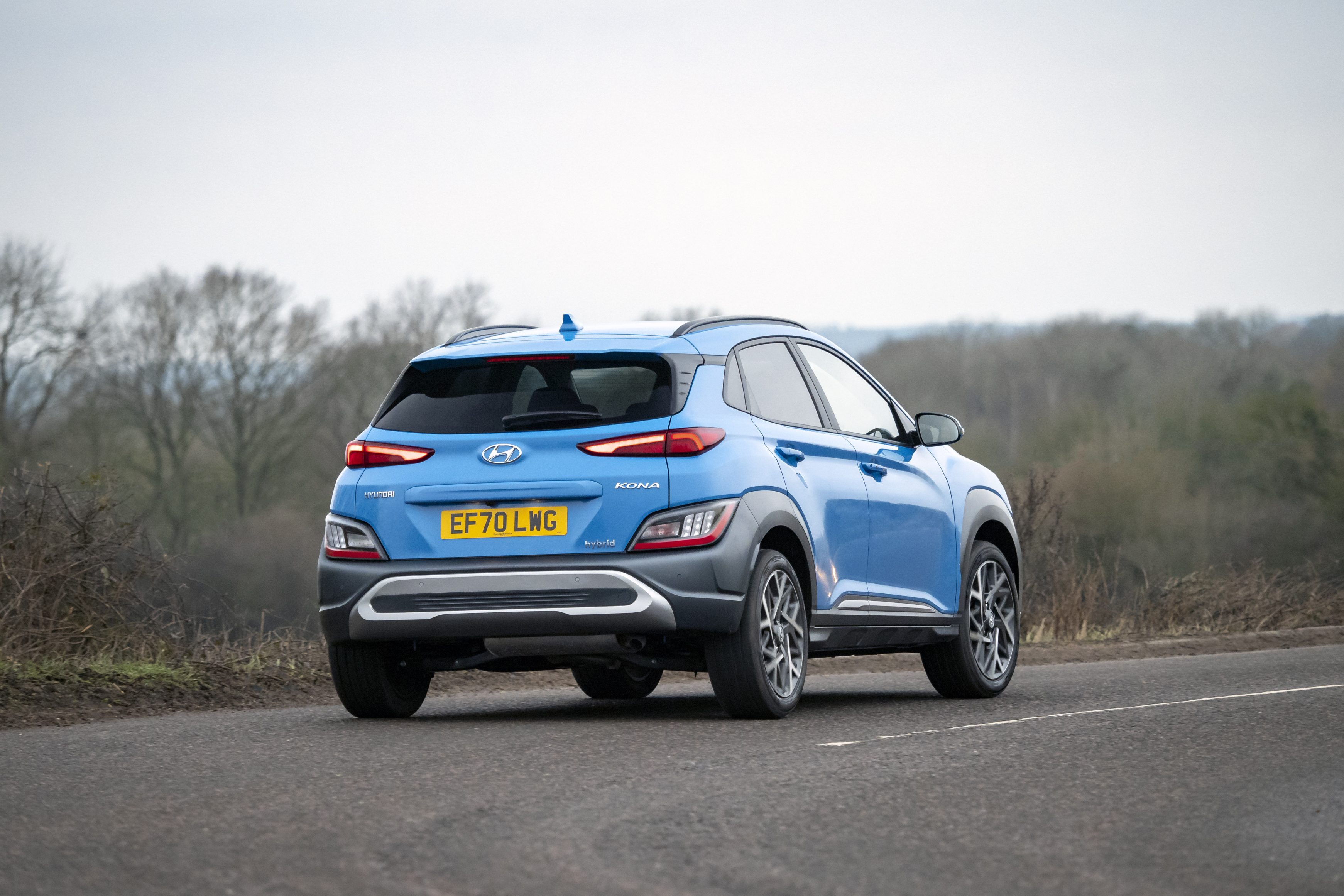 The 2021 Hyundai Kona Hybrid has a compact body and sporty design that looks refreshingly modern