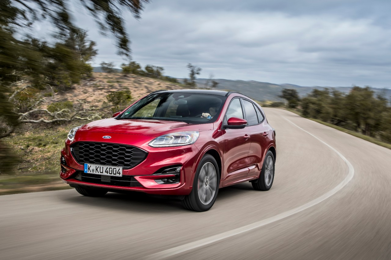 Ford Kuga on a country road