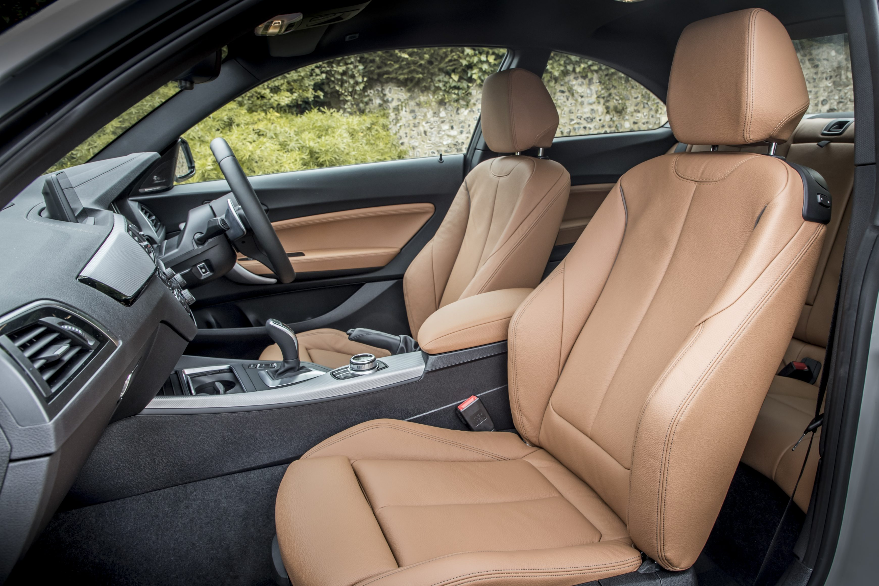 BMW 2 Series front seats