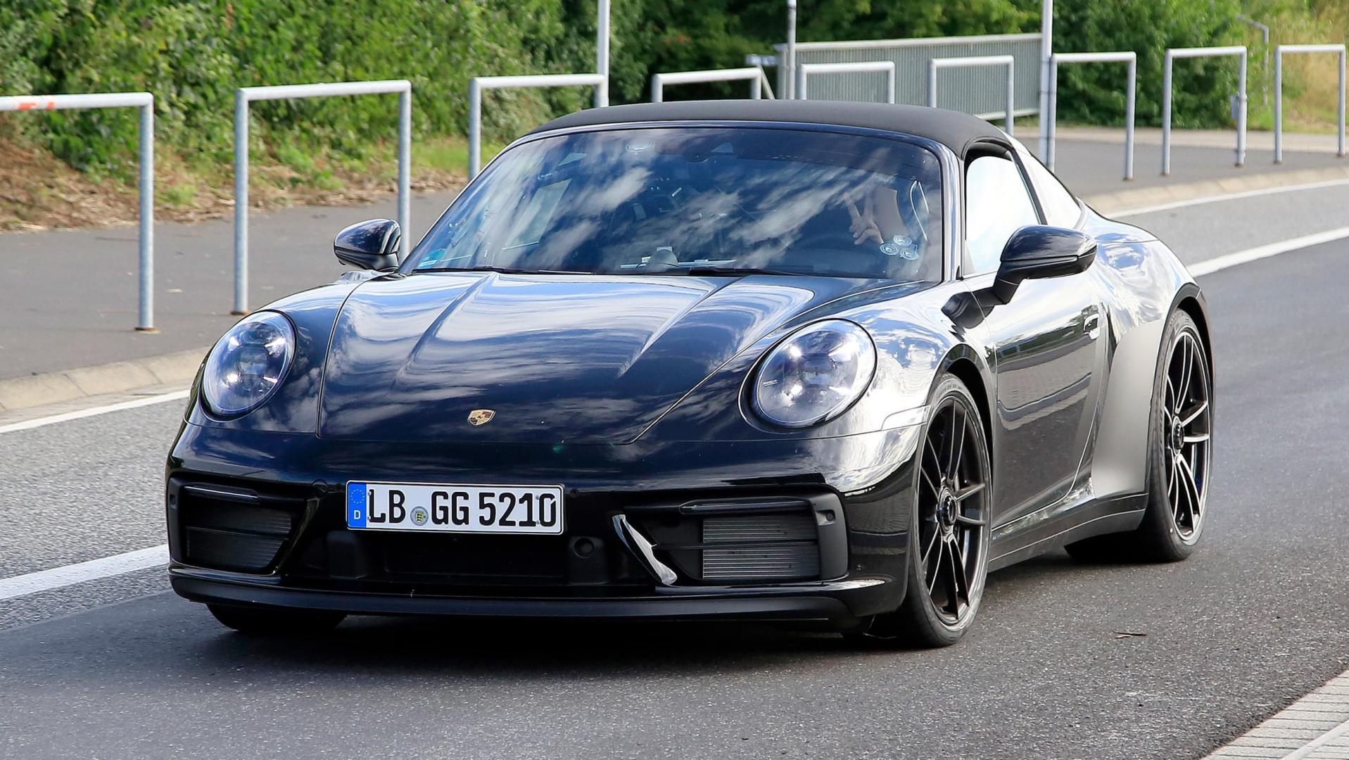 New Porsche 911 Targa 4 GTS-2