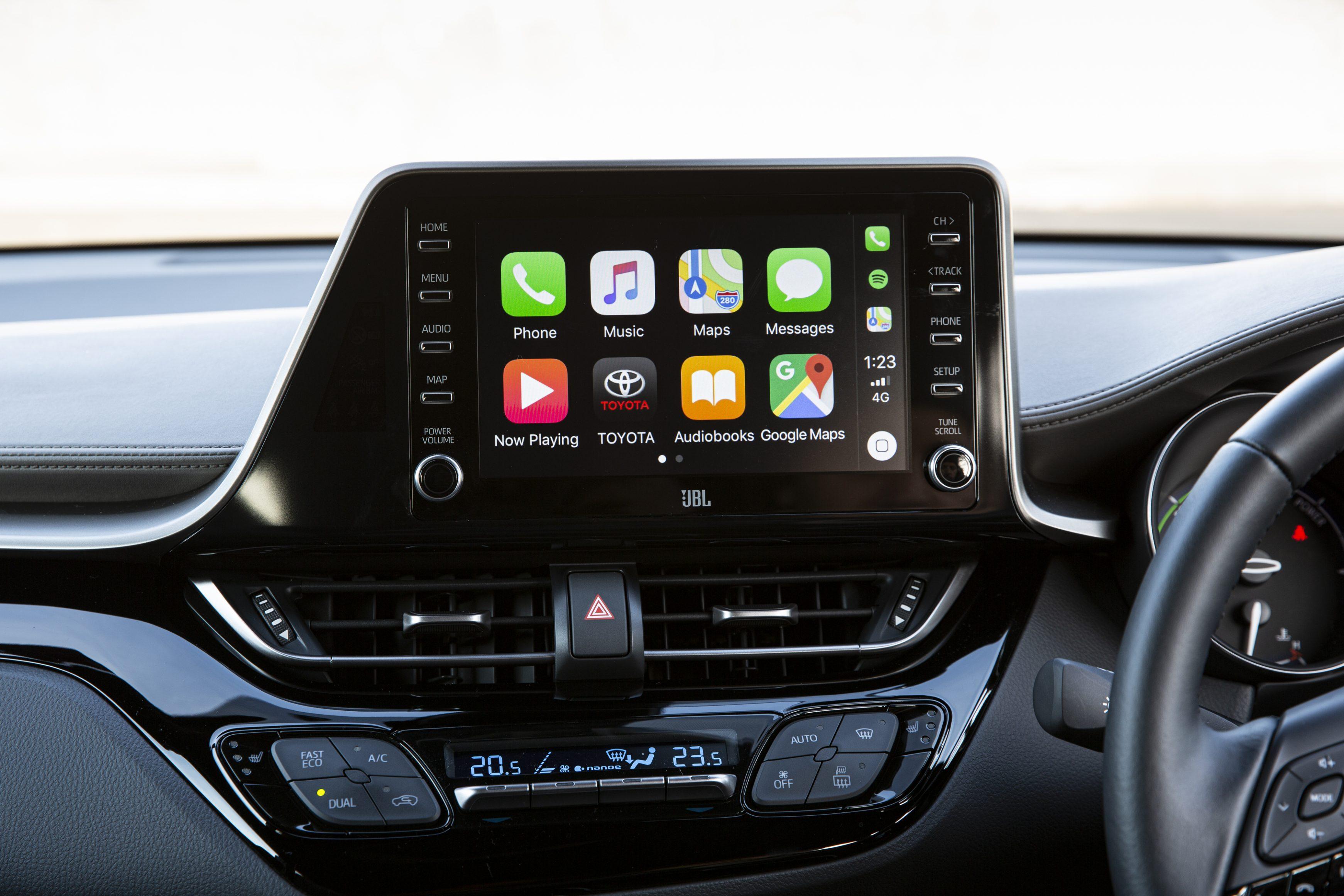 Toyota-C-HR infotainment system