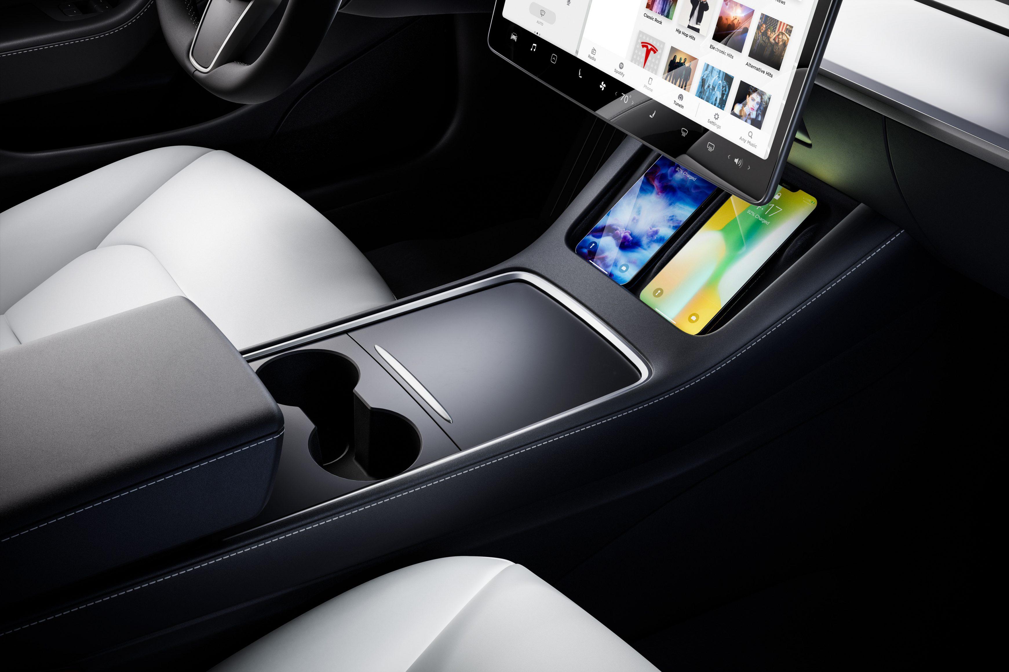 2021 Tesla Model 3 cubby spaces