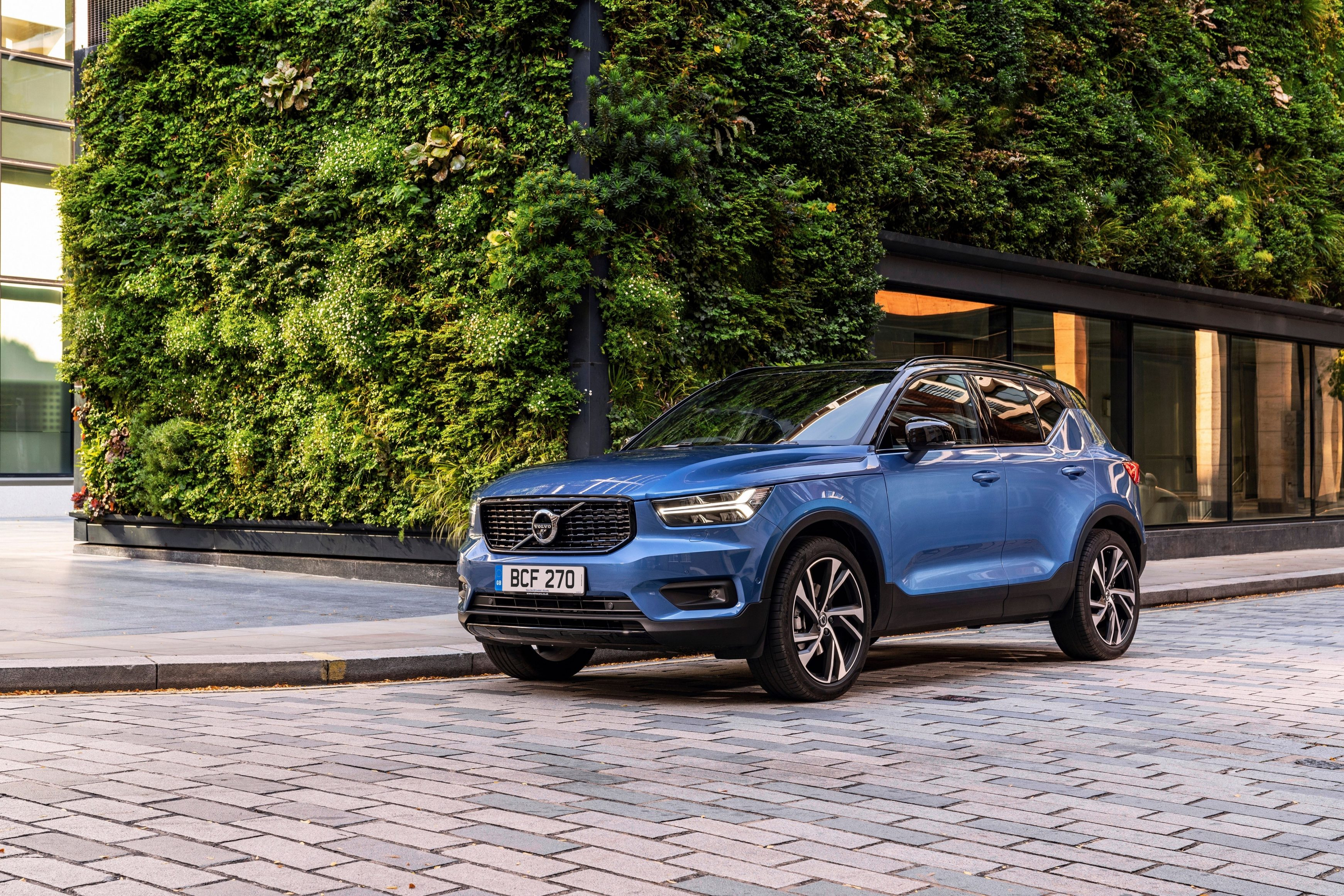 Most popular lease cars - Volvo XC40