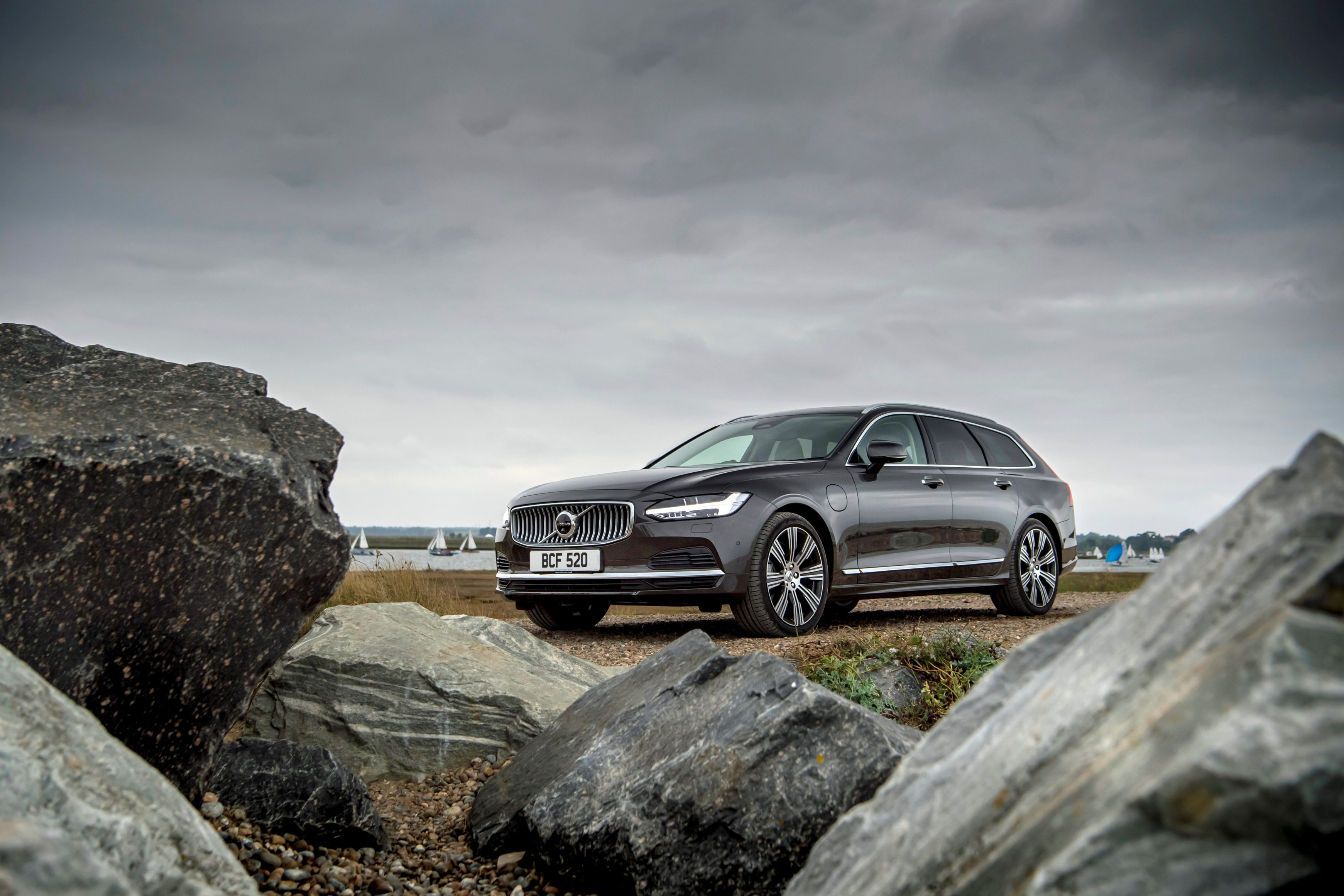 Best estate cars for towing - Volvo V90